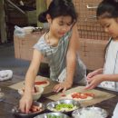 手作りオーブンでピザ作り!